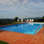 Im Pool schwimmen und die Kräuter in der Toskanaluft schnuppern
