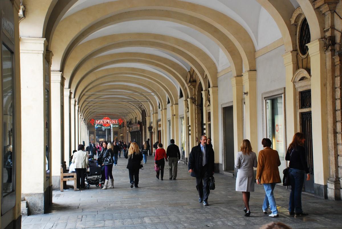Arkaden nahe der Piazza San Carlo in Turin