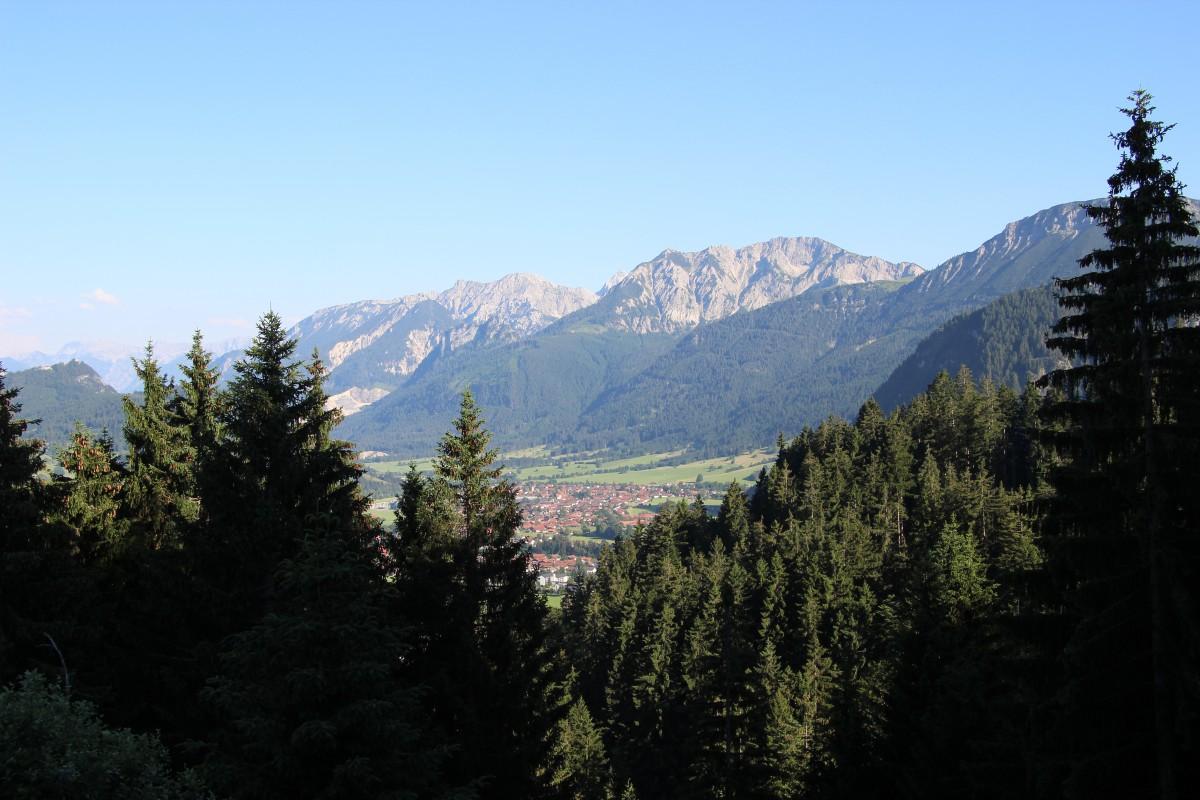 Panoramablick von der Hütte; Foto Pfronten Tourismus
