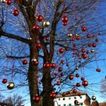 Weihnachtlicher Baumschmuck in Collalbo