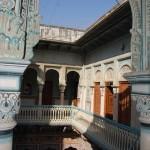 Blick in den Innenhof des Haveli-Museums in Navalgarh