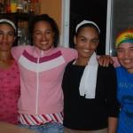 Marisa mit Schwester und Cousinen