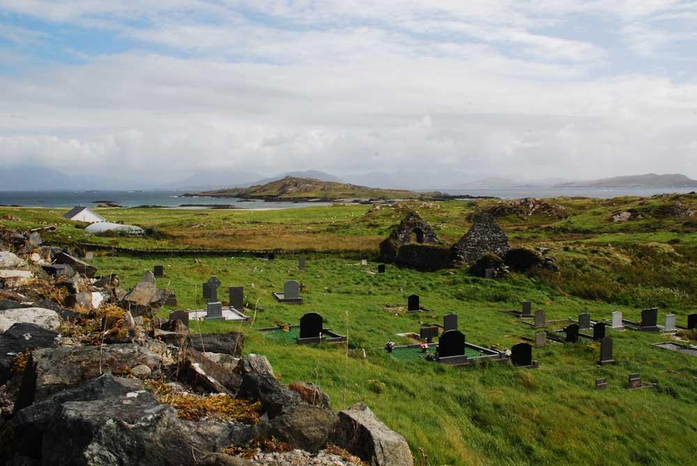 Ziel der Reise ist Irlands Westküste, hier die Insel Inishbofin