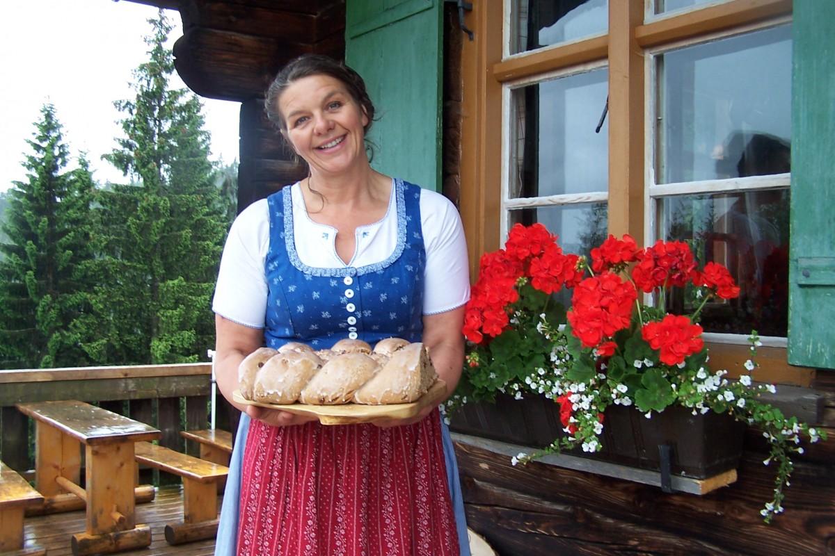Hüttenpächterin Silvia Beyer; Foto: Pfronten Tourismus